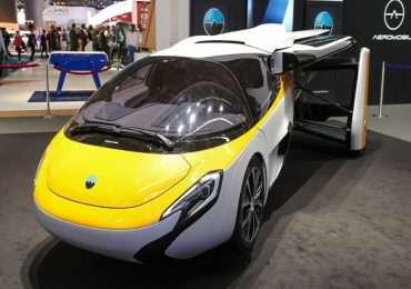 Il Popular Science Invention Award ha premiato Aeromobil come una delle migliori dieci invenzioni del 2015