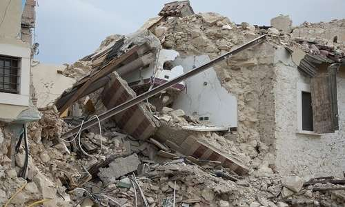 Se la Terra smettesse di girare ci sarebbero tanti terremoti devastanti.