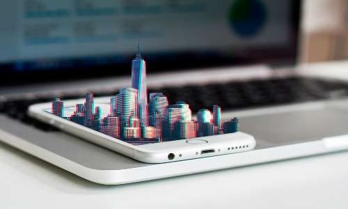 Grafene e laser renderanno possibile creare un ologramma 3D perfetto anche dallo schermo di uno smartphone