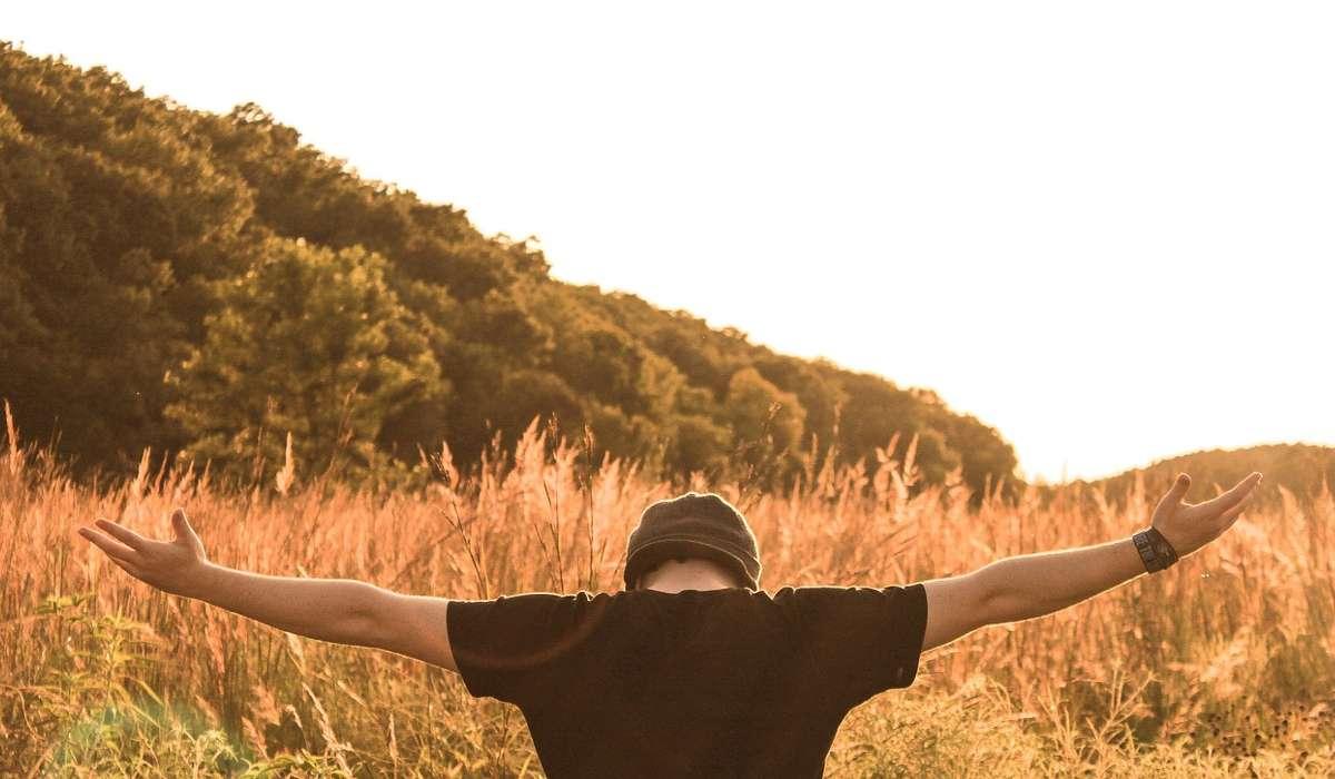 Quale misura sia avvicina maggiormente alla lunghezza dell'apertura delle tue braccia?