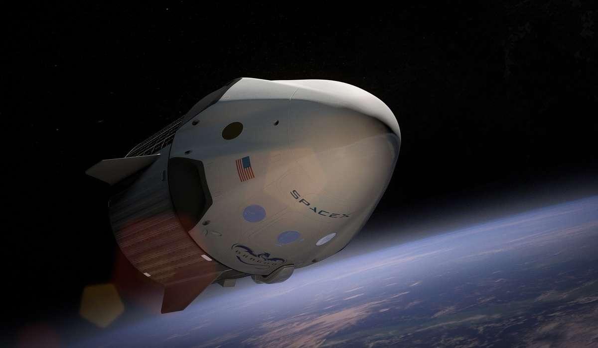 Quanto è durato il volo spaziale più lungo che un astronauta o un cosmonauta abbia mai fatto?