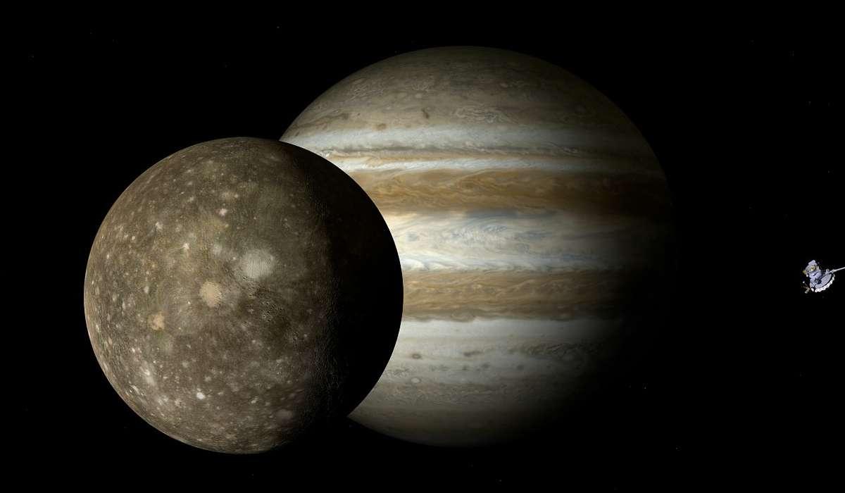 Una delle lune di Giove si chiama: