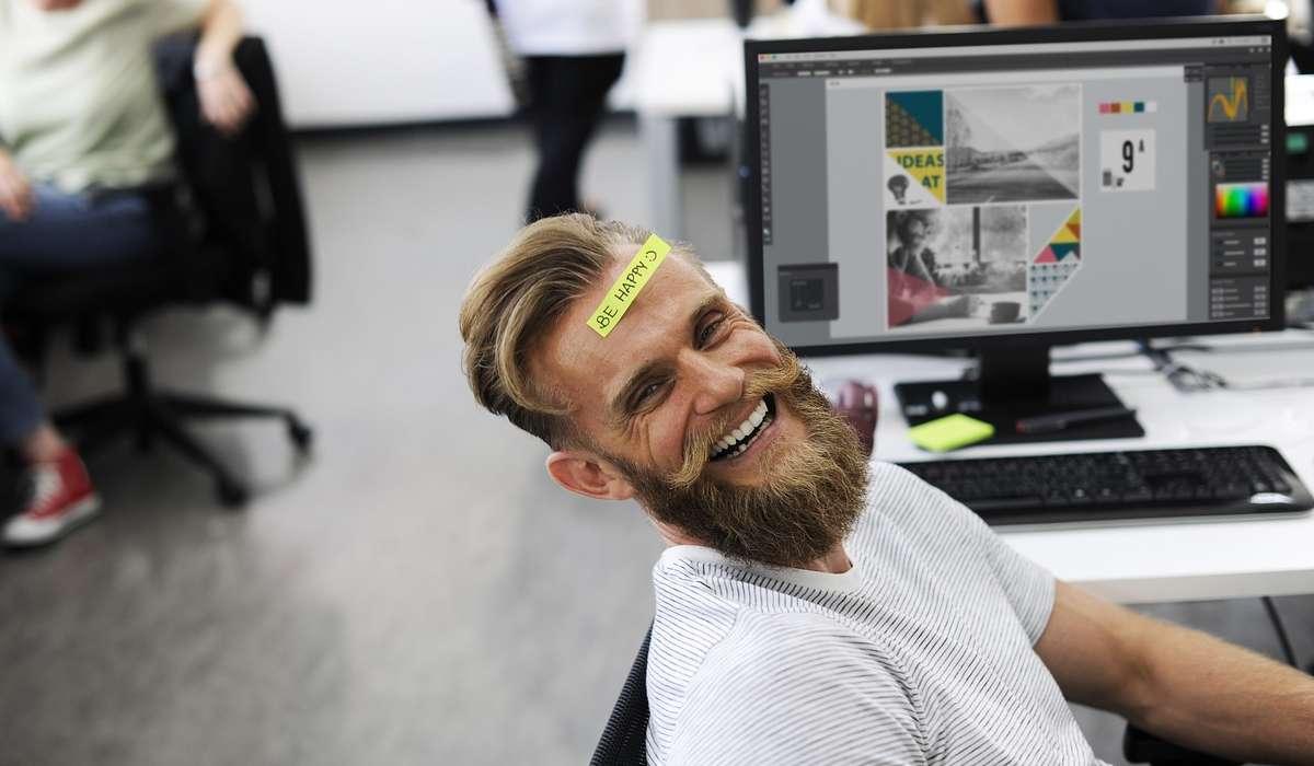 Quante aree del cervello richiede l'attività di ridere?