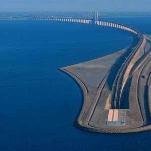 Il ponte di Øresund risulta molto importante per il collegamento di Danimarca e Svezia.