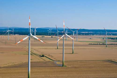 Wind Farm nella Bassa Sassonia (Germania): energia eolica
