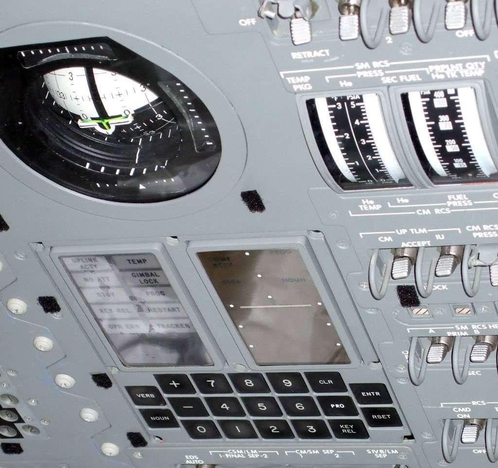 Il DSKY (display-keyboard) dell'Apollo Giudance Computer a bordo dell'Apollo 11