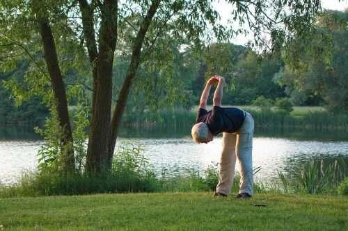 L'attività fisica aiuta a ridurre il rischio di sviluppare la malattia di Alzheimer.
