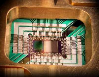 In un chip è nascosto come funziona un computer quantistico