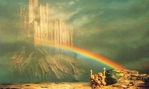 Nella mitologia il Bifrost, o ponte dell'arcobaleno, rappresenta il collegamento tra Asgard e Midgard