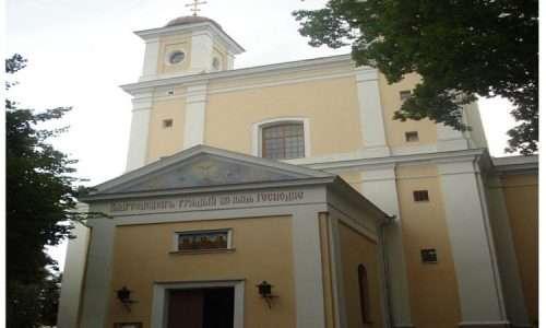 L'immagine della Chiesa del Santo Spirito in Lituania, dove è stata selpolto il corpo del bimbo morto a causa del vaiolo un secolo prima dello sviluppo del vaccino.