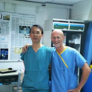 Sergio Canavero e Xiaoping Ren sono i medici che eseguiranno il primo trapianto di testa al mondo.