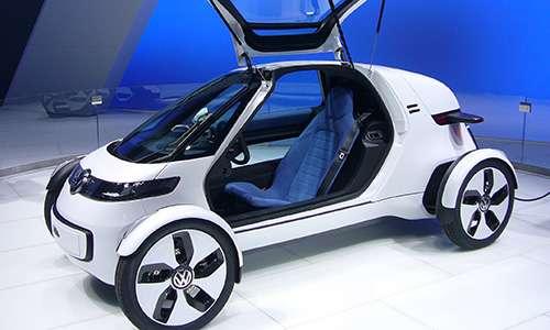 Il car-sharing e la meccanica meno ingombrante permetteranno di vedere auto del futuro molto compatte o monoposto.