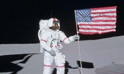 Gli zirconi portati dalla missione apollo 14 confermano che la Luna è una vecchia signora.