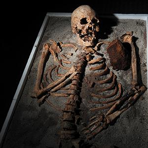 Il ritorno dei morti tra i vivi era una delle paure che ha portato alla nascita delle leggende sui vampiri.