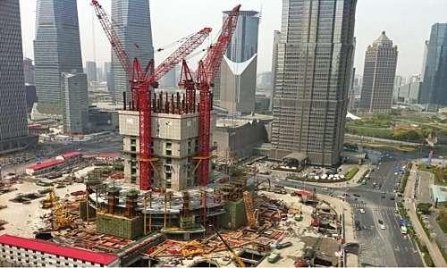 La Shanghai Tower all'inizio della costruzione