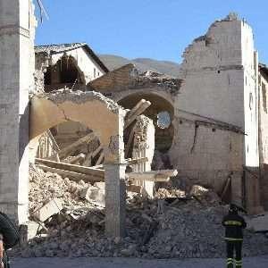 L'associazione Eppela, insieme alla Croce Rossa Italiana, ha avviato nell'agosto 2016 una campagna di civic crowdfunding per sostenere gli aiuti nelle zone d'Italia colpite dal sisma.