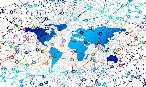 Edmodo è un social network in grado di collegare tra loro studenti e professori.