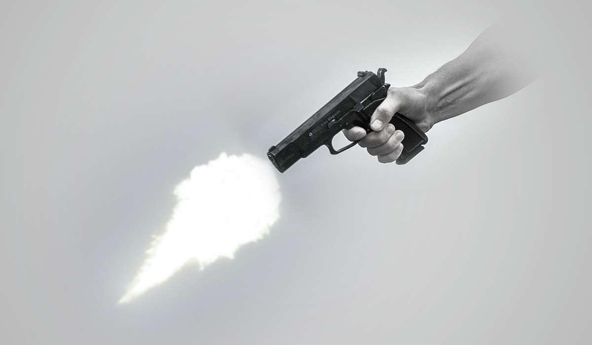 La quantità di moto di un corpo, ad esempio di un proiettile, è il prodotto tra:
