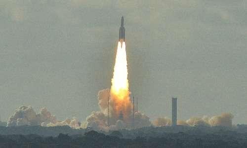 Razzo Ariane 5 lanciato dallo spazioporto dell'ESA in Guyana francese