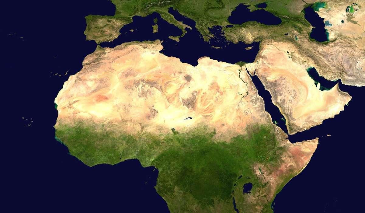 Scienza che analizza la superficie terrestre e i fenomeni fisici, biologici e umani riguardanti la Terra.