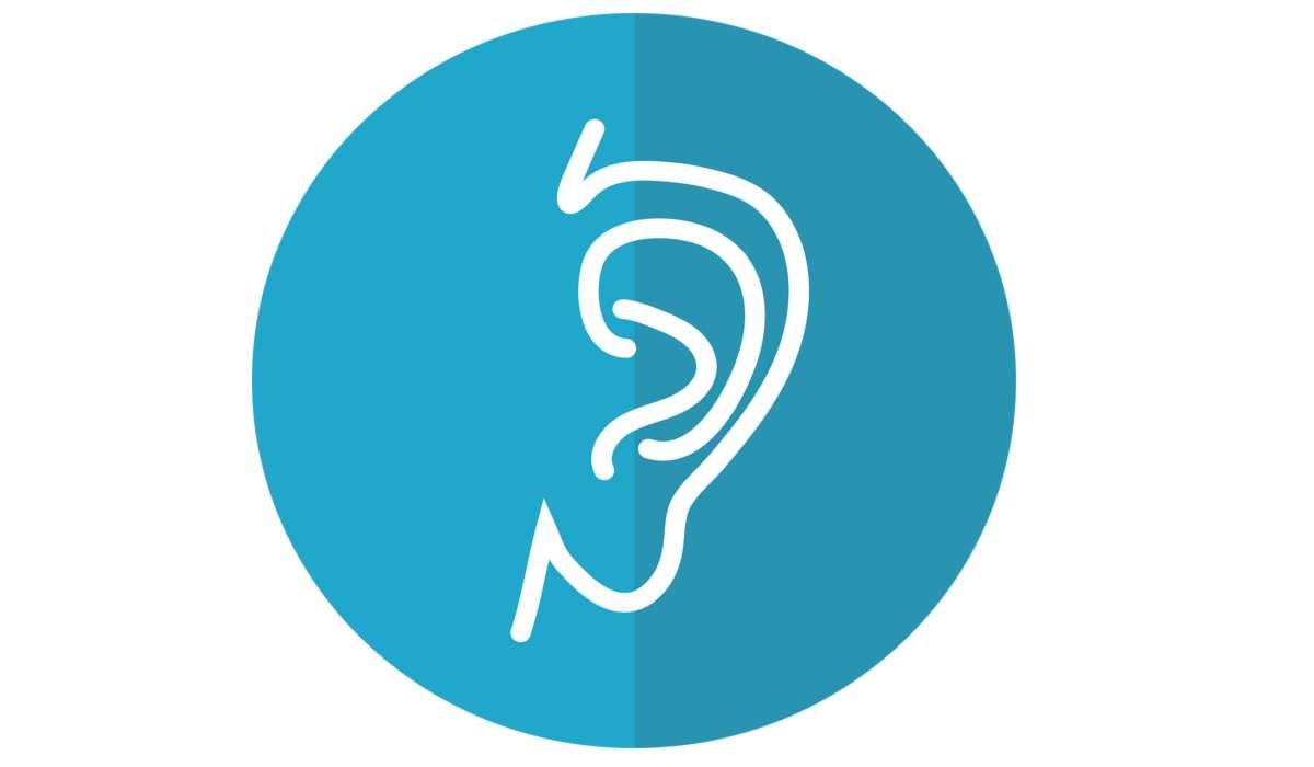Cosa fa operativamente un orecchio bionico?