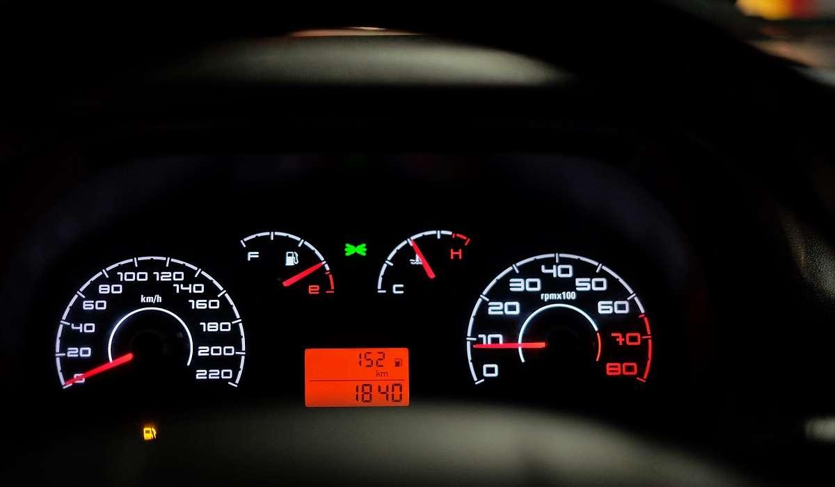 Cosa vuol dire che un'auto alimentata a benzina ha cilindrata 1.6?