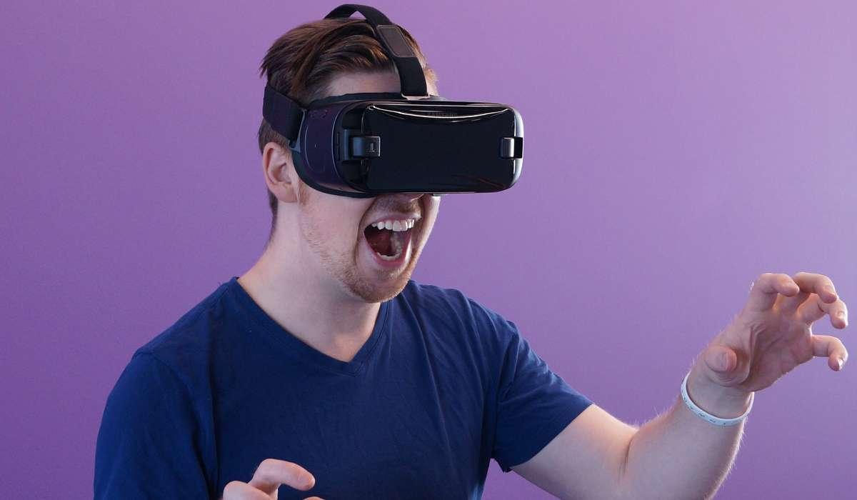 La realtà virtuale è usata solo per i giochi.