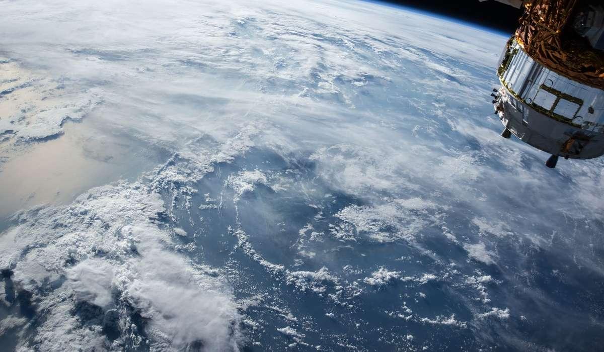Quanto vale l'accelerazione di gravità sulla Terra?