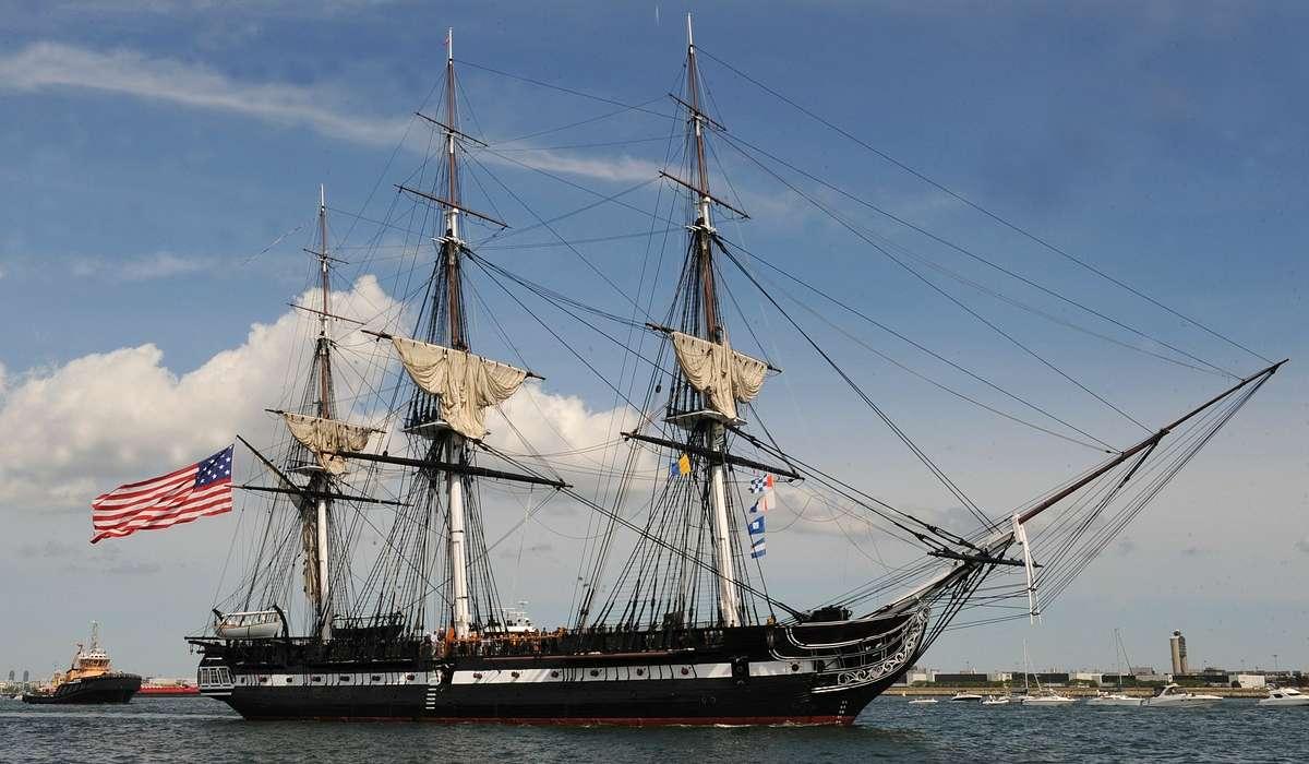 La più vecchia nave al mondo ancora galleggiante è il veliero americano USS Constitution. In che anno è stato varata?