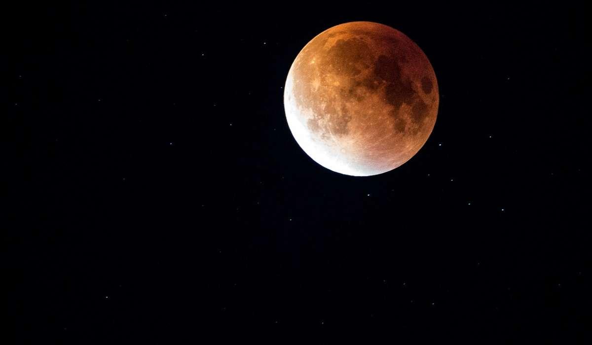 Che tipo di escursione termica c'è sulla Luna?