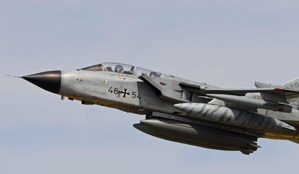 Quali, tra queste nazioni, non possiede il Panavia Tornado?