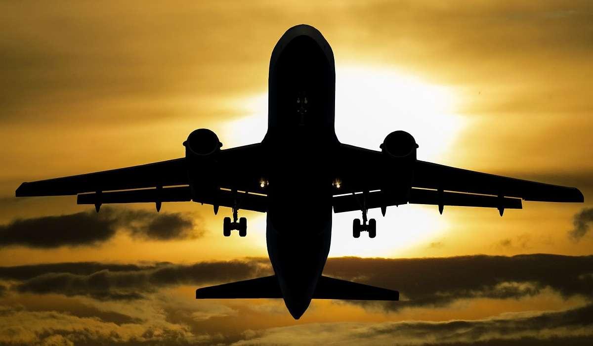 Quante sono le forze che agiscono su un aereo?