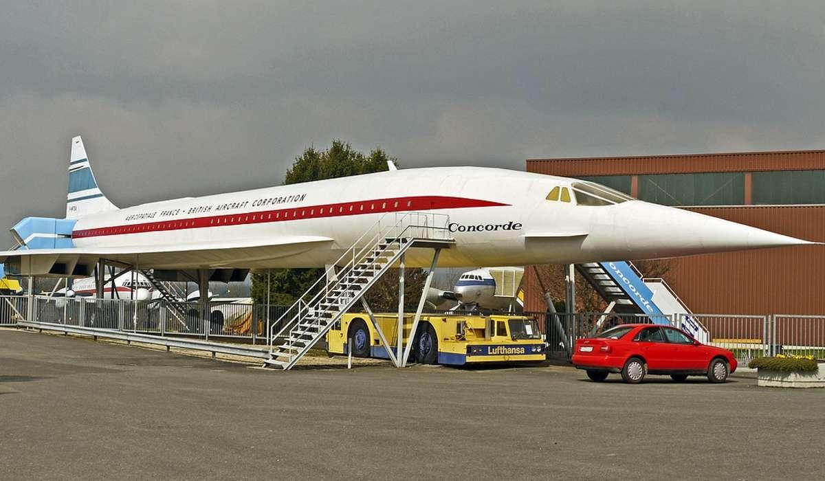 Perché l'aereo Concorde cessò il suo servizio passeggeri?