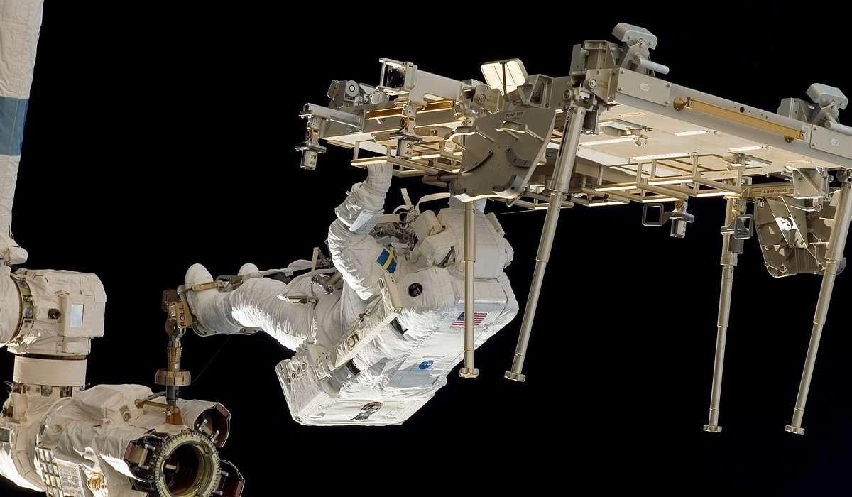 Come si chiama il primo segmento assemblato della ISS?