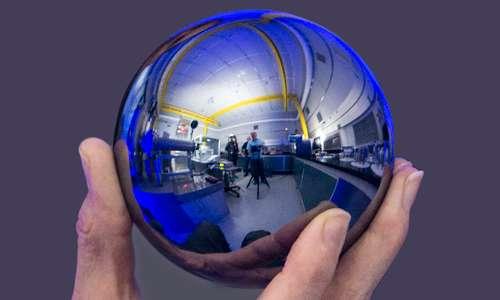 La sfera di Silicio 28 che ha permesso la definizione del chilogrammo alla conferenza dei pesie e mnisure.
