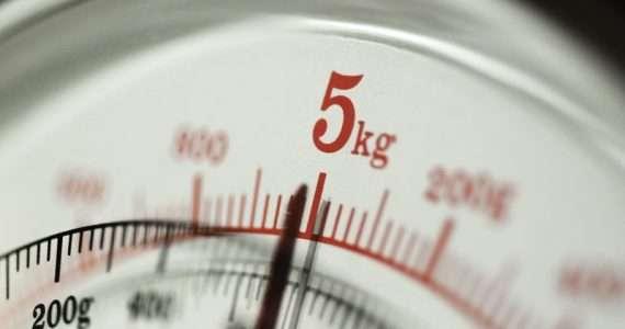 """La conferenza internazione pesi e misure ha stabilito che il valore di riferimento del chilogrammo (kg) non sarà più legato al """"Le Gran Kilo"""", bensì alla costante di Planck."""