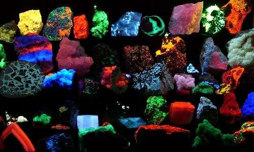 L'esposizione a radiazioni può generare fenomeni di fluorescenza anche nei minerali