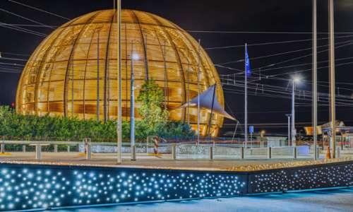Visitare il CERN è un esperienza gratuita resa emozionante dal fasciono delle migliori tecnologie usate per la ricerca.