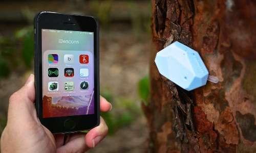 Nella connettività di tipo broadcast un beacon (faro) Bluetooth interagisce con tutti i dispositivi nelle vicinanze che si collegano come Slave alla sua piconet