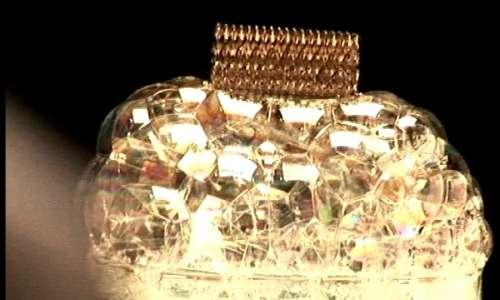 Le bolle di sapone riescono a mantenere un microreticolo metallico: il metallo più leggero del mondo