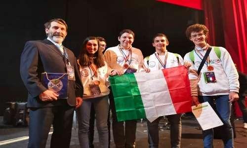 La squadra italiana alle olimpiadi di astronomia