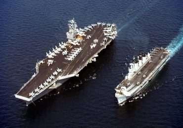 Ci sono diversi principi fisici che spiegano perché le navi galleggiano, come il principio di Archimede