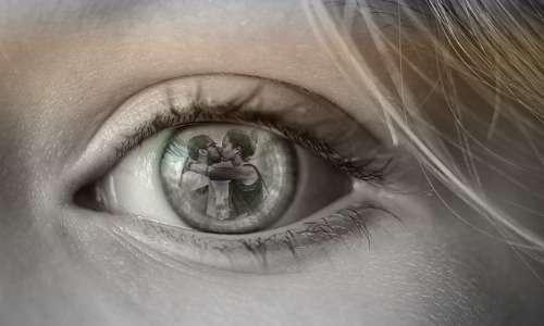Il concetto di tradimento delle relazioni monogame è diverso da quello nelle relazioni poliamorose.