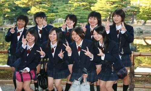 Hikikomori cos'è? Le ragazze sembrano essere meno colpite, solo il 10%. La pressione di realizzazione sociale su di loro è molto minore.