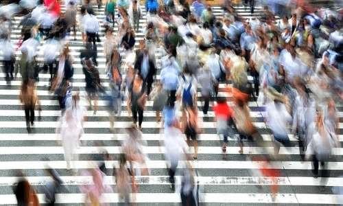 Hikikomori cos'è? Il fenomeno tende a svilupparsi maggiormente in società capitaliste ed economicamente sviluppate.
