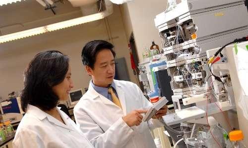 I biomarcatori sono costituiti da qualsiasi forma misurabile e replicabile che indichi uno stato medico riproducibile.