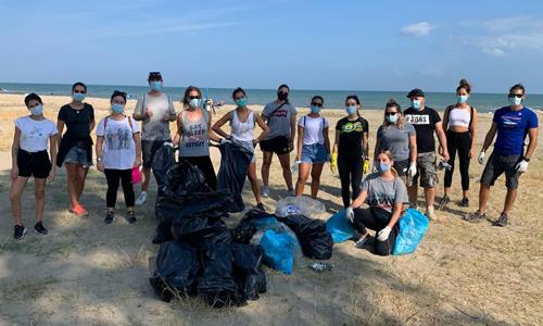 I volontari di Corigliano-Rossano (Cs) che hanno partecipato a Save the Planet.