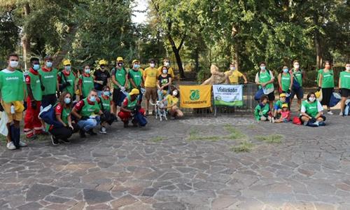 L'associazione Change the Planet ha raccolto numerosi volontari fiorentini per partecipare a Save the Planet.