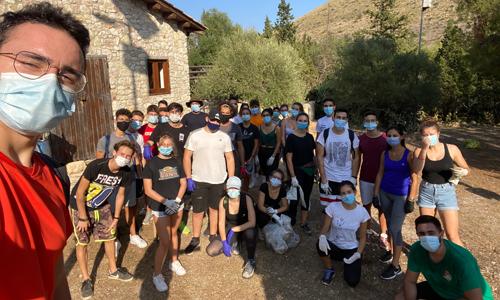A Bagheria, in provincia di Palermo, molti volontari hanno partecipato a SAve the Planet ripulendo una zona molto frequentata da turisti e famglie.