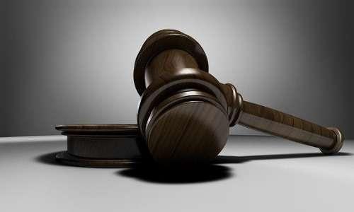 Garantirsi un vantaggio giuridico sull'affidamento esclusivo del minore è lo scopo principale del genitore alienante; ciò si manifesta durante la sindrome da alienazione parentale.